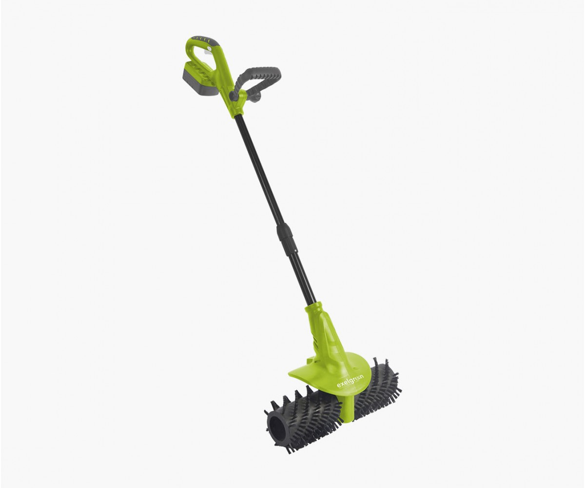 Electric, cordless brush